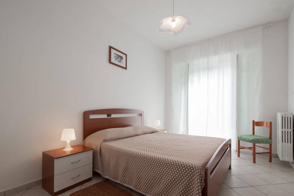 Casa Vacanze Fusina – Docliani (Langhe – Piemonte) – Alloggio Castello: camera