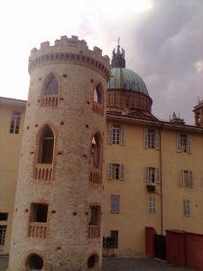 Casa Vacanza Fusina (Dogliani) – Torre dei Cessi