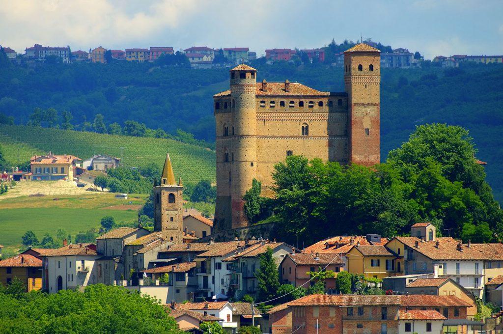 Casa Vacanze Fusina (Dogliani) - Castello Serralunga d'Alba