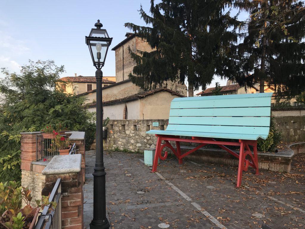 Casa Fusina (Dogliani) - Panchina Gigante